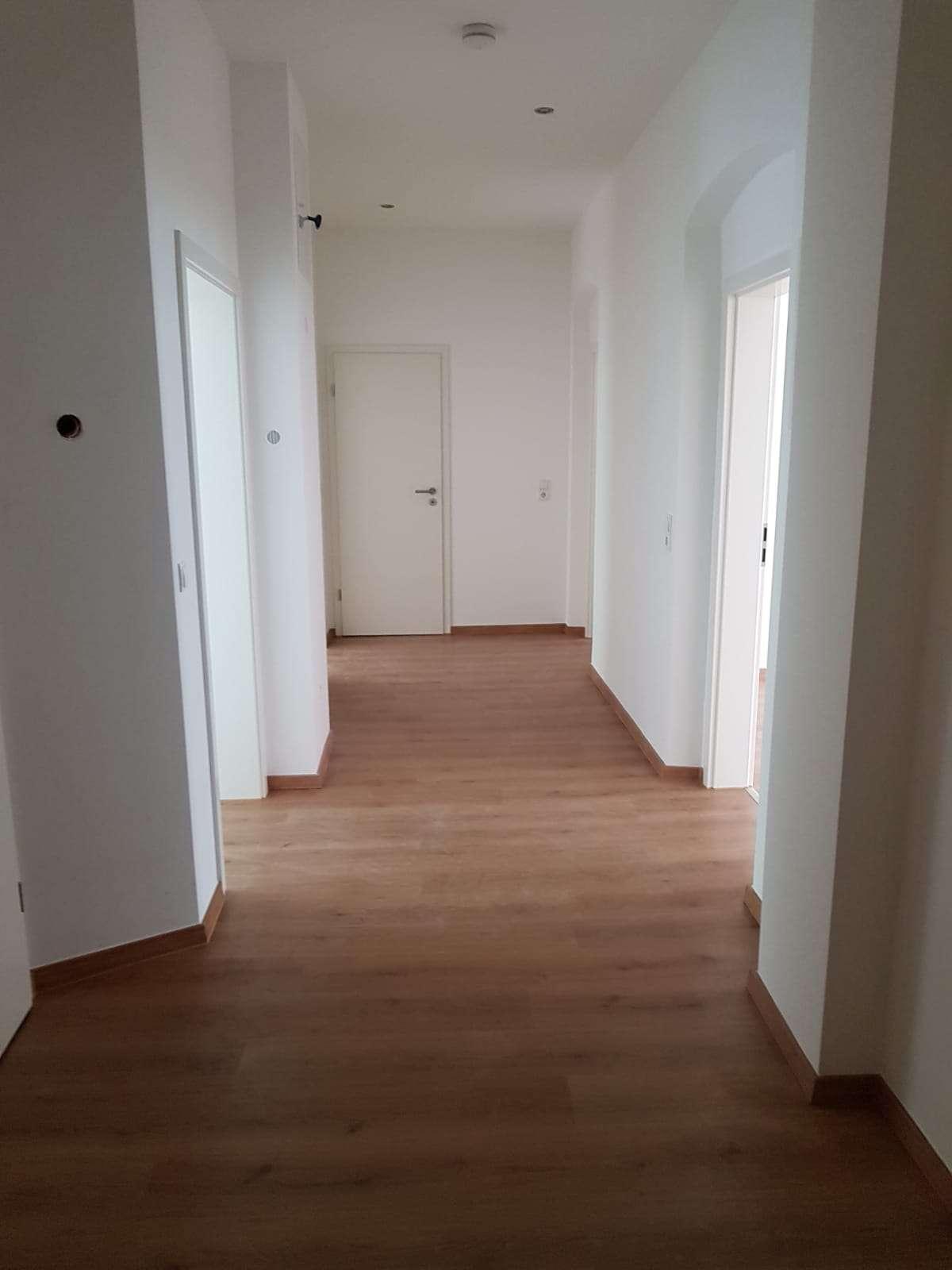 Top sanierte 3-Zimmer Wohnung / Gewerberaum * Ab sofort frei* in