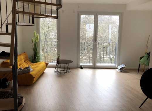 Hochwertige 4-Zimmer-Maisonette-Wohnung mit Balkon und EBK in FRANKFURT