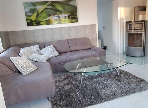 Möblierte helle Wohnung 2019 saniert mit gehobener Ausstattung, Gartennutzung, Fitnessraum, Kamin