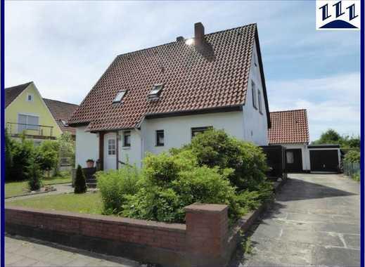 EDV-Nr. 11590 - Gepflegtes Wohnhaus mit Nebengebäude und Garage