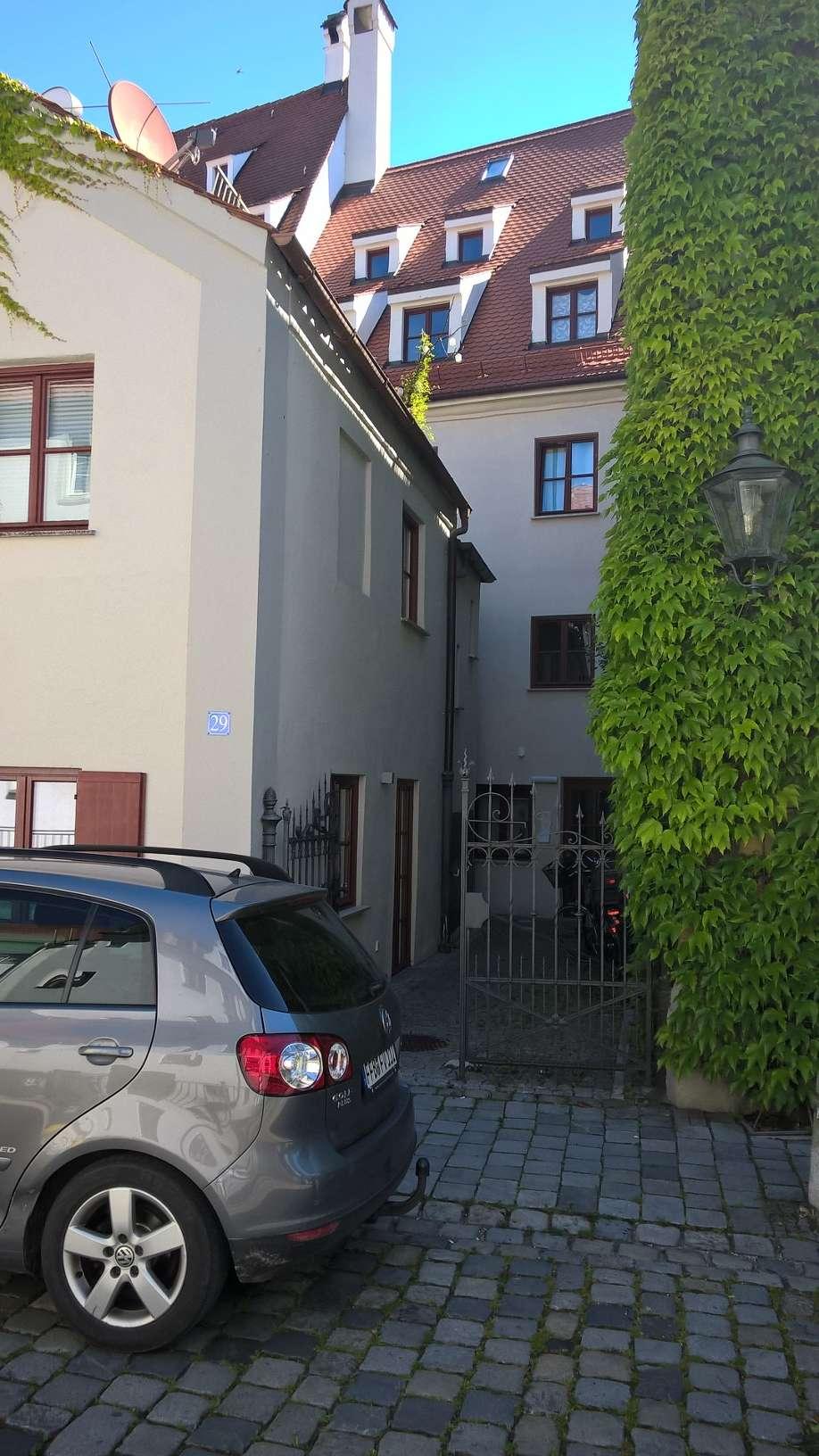 Exklusive, geräumige und neuwertige 3- Zimmerwohnung in Augsburg Innenstadt in Augsburg-Innenstadt