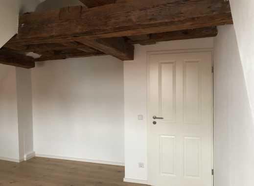 Luxus 2-Zimmer-Dachgeschosswohnung mit Einbauküche in Schwabach zu vermieten!!!
