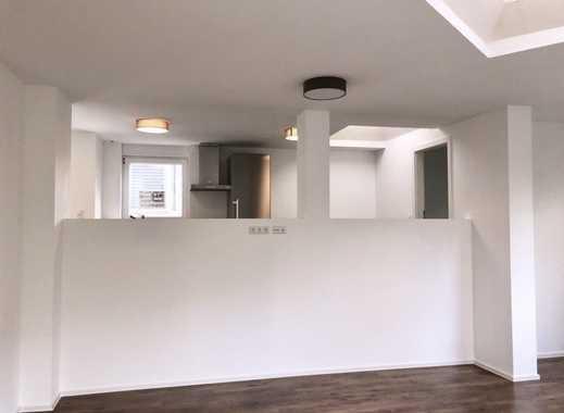 Stilvolle 3,5-Zimmer-Loft-Wohnung mit Terrasse und neuer Miele-EBK in Waiblingen
