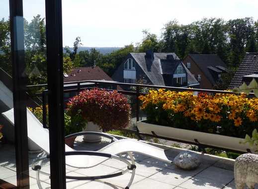 Traumhafter Fernblick! 98 qm Maisonettewohnung mit großem Balkon in Essen-Heisingen