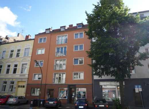 Helle, top sanierte Dachgeschosswohnung in Derendorf/Pempelfort.
