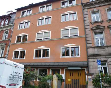 Rosenaupark: Hübsche 2-Zimmer-Wohnung, Wohnküche, Balkon, Parkett in Himpfelshof (Nürnberg)