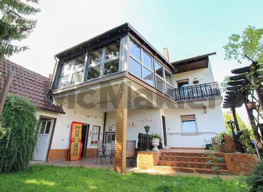Familienfreundliches Ein- bis Zweifamilienhaus mit großem Garten und Wintergarten nahe Worms
