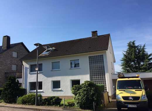 Erstbezug nach Sanierung: exklusive 2-Zimmer-DG-Wohnung mit Balkon in Bochums bester Lage