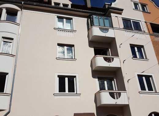 1.000 €, 90 m², 3 Zimmer