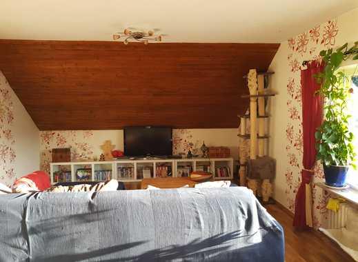 Ansprechende 3-Zimmer-Dachgeschosswohnung mit Balkon und EBK in Simmern