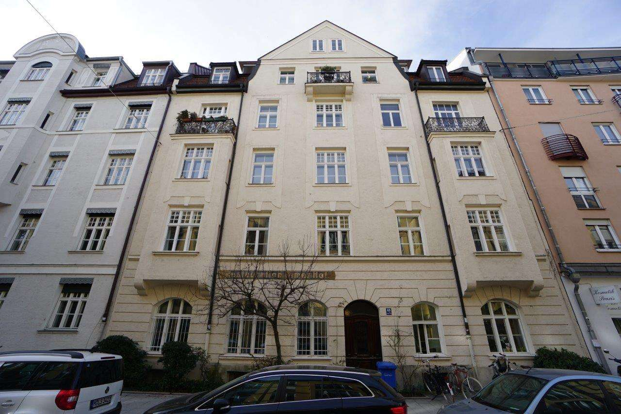 Glockenbachviertel - Gemütliche möblierte 2-Zimmer-Wohnung in saniertem Altbau in Ludwigsvorstadt-Isarvorstadt (München)
