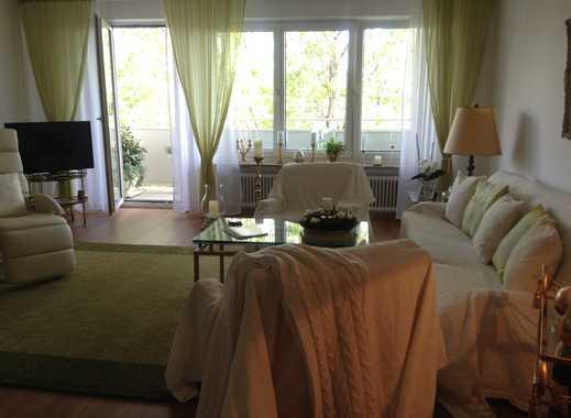 Schwabing : Attraktive 4 - Zimmer Wohnung mit Tiefgaragenstellplatz