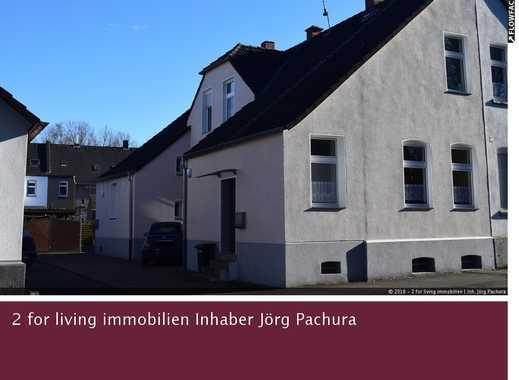 Charmante Doppelhaushälfte mit Einliegerwohnung im nostalgischen Stil eines Zechenhauses!