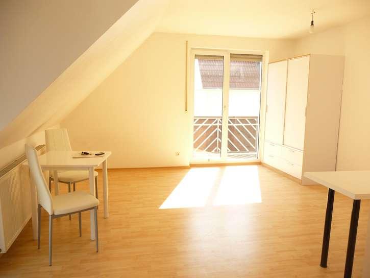 Bitte nur Email-Anfragen! Sehr schönes 39m²-Appartement mit Balkon in Regensburg in Sallern-Gallingkofen (Regensburg)