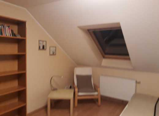 helles, gemütliches Zimmer mit eigenem Bad und einer netten kleinen Familie mit Mutter und Tochter