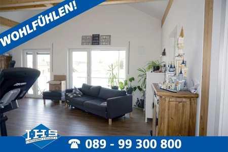 Wohlfühl-Wohnung in Poing! Außergewöhnliche 4-Zimmer-Dachwohnung im alten Ortskern  in Poing
