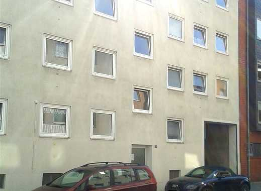 Zentrale 1-Zimmer-Hochparterre-Whg. nähe Schrevenpark & Dreiecksplatz // Kiel-Altstadt