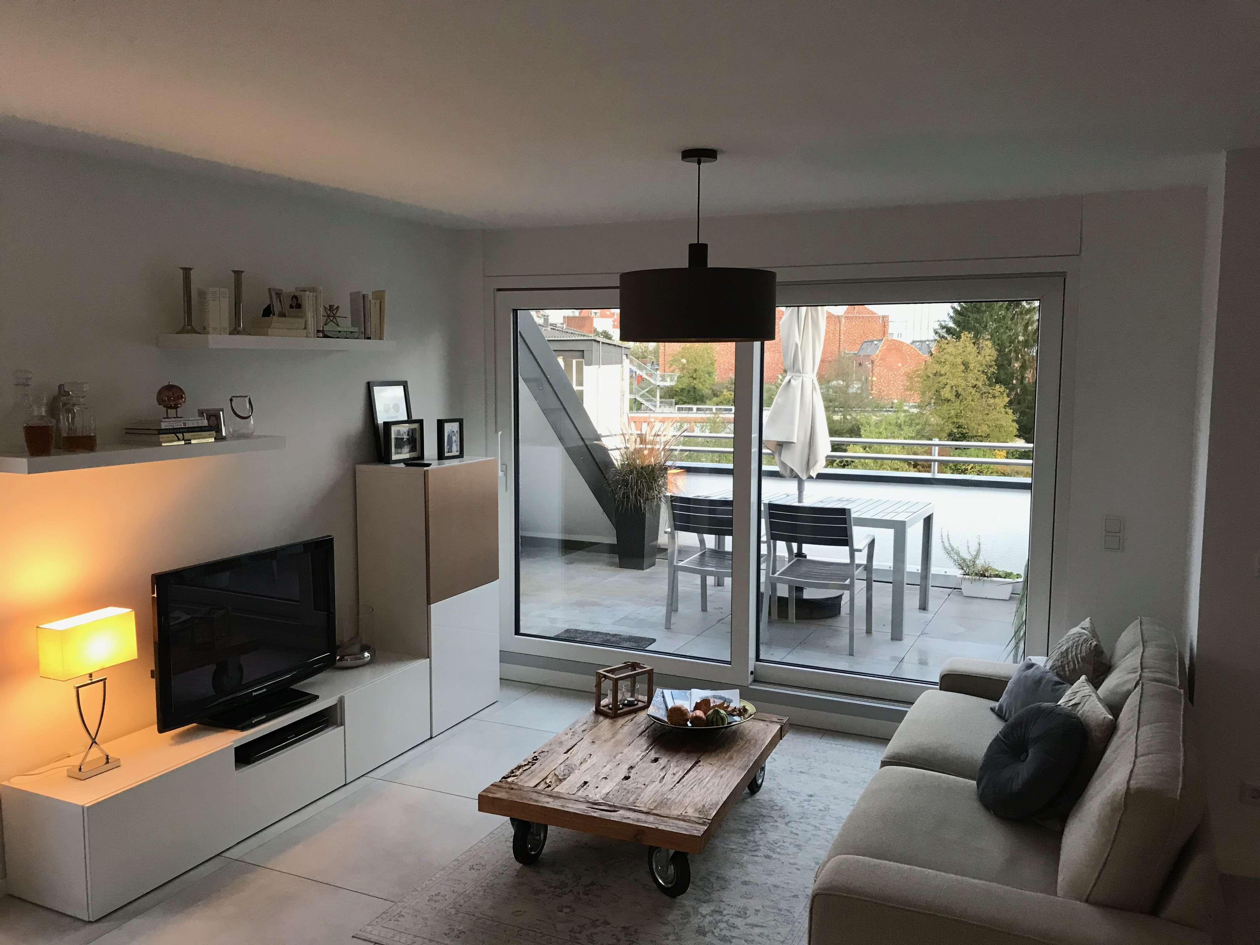 Ansprechende 4-Zimmer-Maisonette-Wohnung mit Logia und vier Balkonen in Aschaffenburg in Obernauer Kolonie (Aschaffenburg)