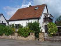 Homburg-OT 1-2-Familienhaus mit Garten in
