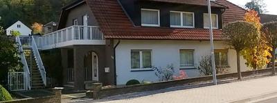 Erstbezug nach Sanierung mit EBK und Balkon: preiswerte 3-Zimmer-Wohnung in Preußisch Oldendorf