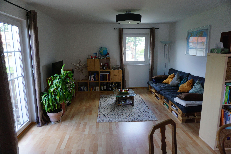 Stilvolle, neuwertige 3-Zimmer-Wohnung mit Balkon in Otterfing in