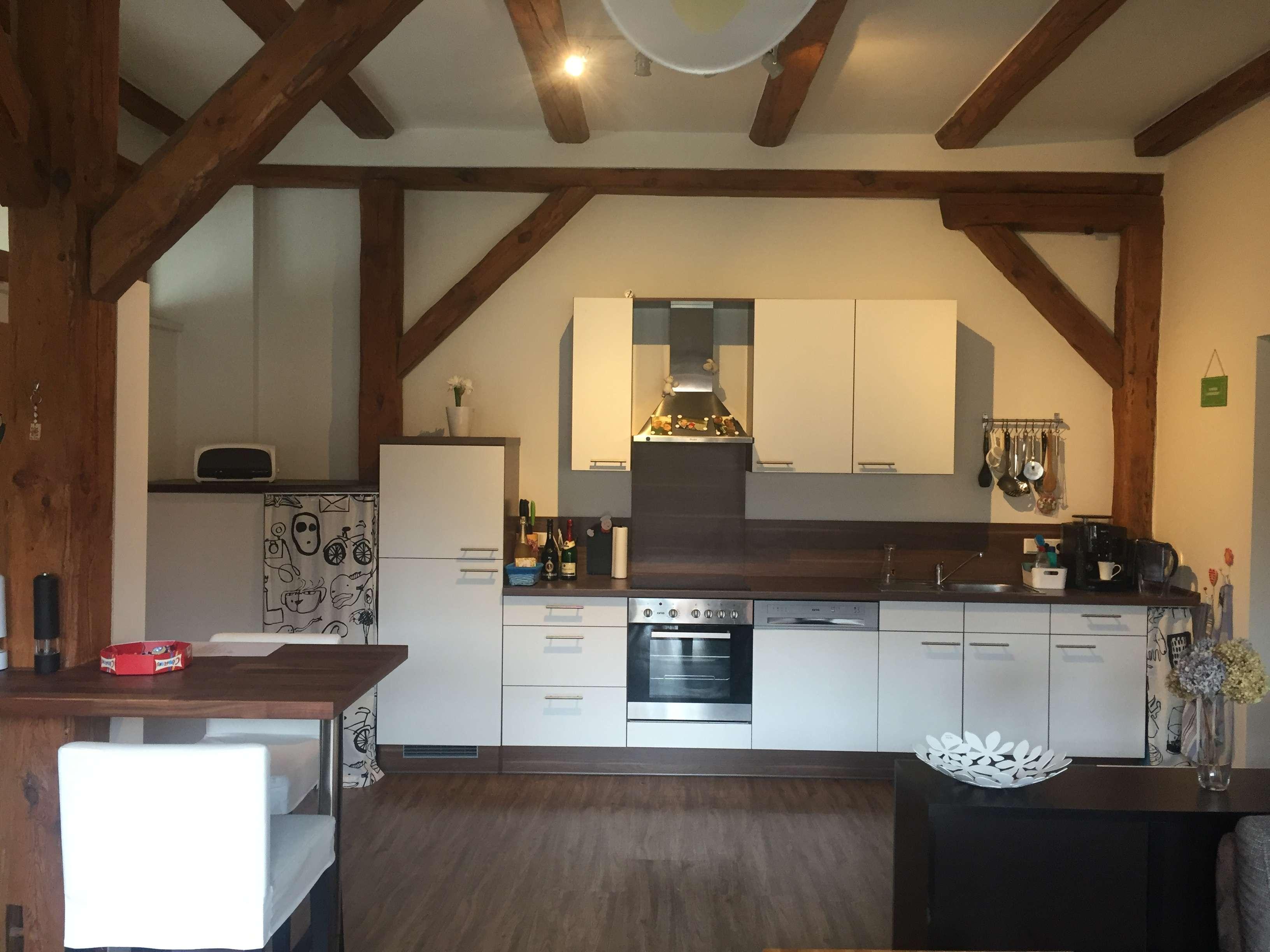 Neuwertige 3-Zimmer-Erdgeschosswohnung mit Großer Terasse und Einbauküche in Erlangen Frauenaurach in