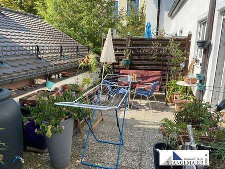 ZU VERMIETEN!!! Sonnige 3-Zimmer-Maisonette-Wohnung mit Süd-Dachterrasse in Nandlstadt