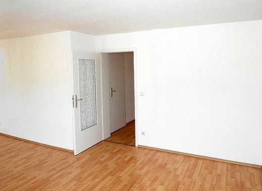 Sanierte 3-Zimmer-Wohnung mit Balkon in Plauen