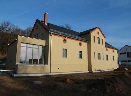 ERSTBEZUG-Stilvoll Wohnen in Radebeul-Doppelhaushälfte mit Terrasse und Dachterrasse am Weinberg