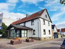 Waldalgesheim Großzügiges Wohnhaus mit separater