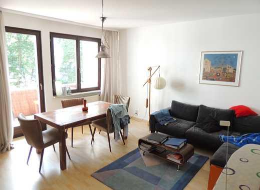 Wunderschöne 2 Zimmer-Whg. mit Balkon + EBK in ruhiger, zentraler Lage!