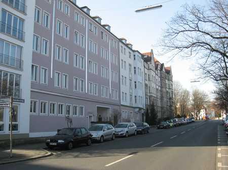 Wie wäre es?  2 oder 4 Zimmer - Sie haben die Wahl in Himpfelshof (Nürnberg)