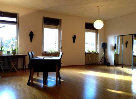 Günstige, vollständig renovierte 3-Zimmer-Wohnung zur Miete in Saarbrücken