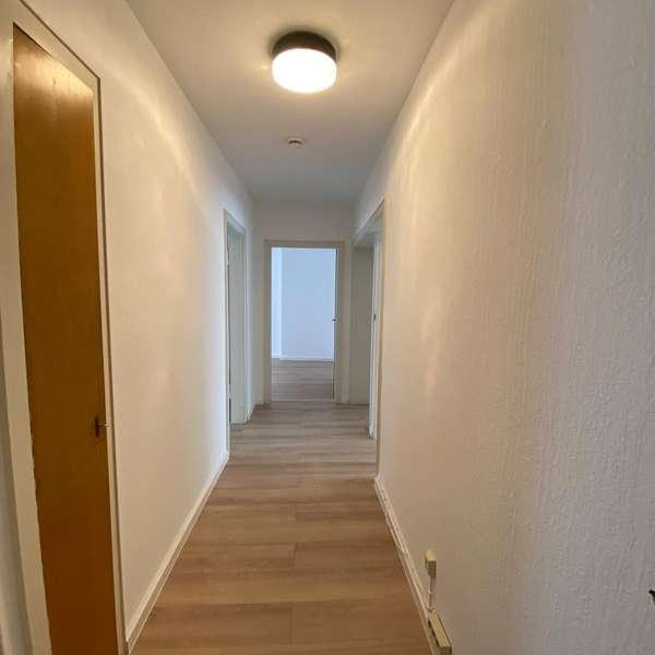 *** helle und schöne 3-Zimmer-Wohnung, nähe Ponttor ***