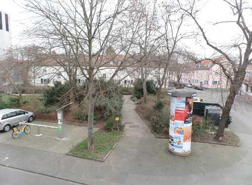 Schöne helle 2 Zimmer Wohnung mit Balkon am Wiener Platz in MZ-Kostheim