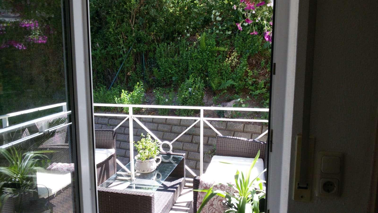Attraktive 2-Zimmer-Wohnung mit Balkon und Einbauküche in Hösbach
