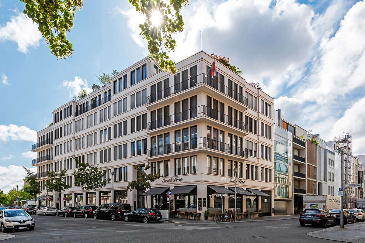 Jäger- Ecke Oberwallstraße