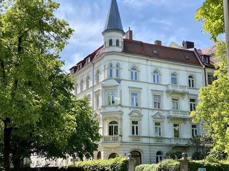 Jugendstil an der Nymphenburger Straße - 2 Zi. Dach Wohnung - weitere Wohnungen auf Anfrage in Neuhausen (München)