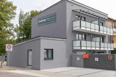 2-Zimmer-Wohnung vollmöbliert mit Balkon WLAN Stellplatz  in Südost (Ingolstadt)