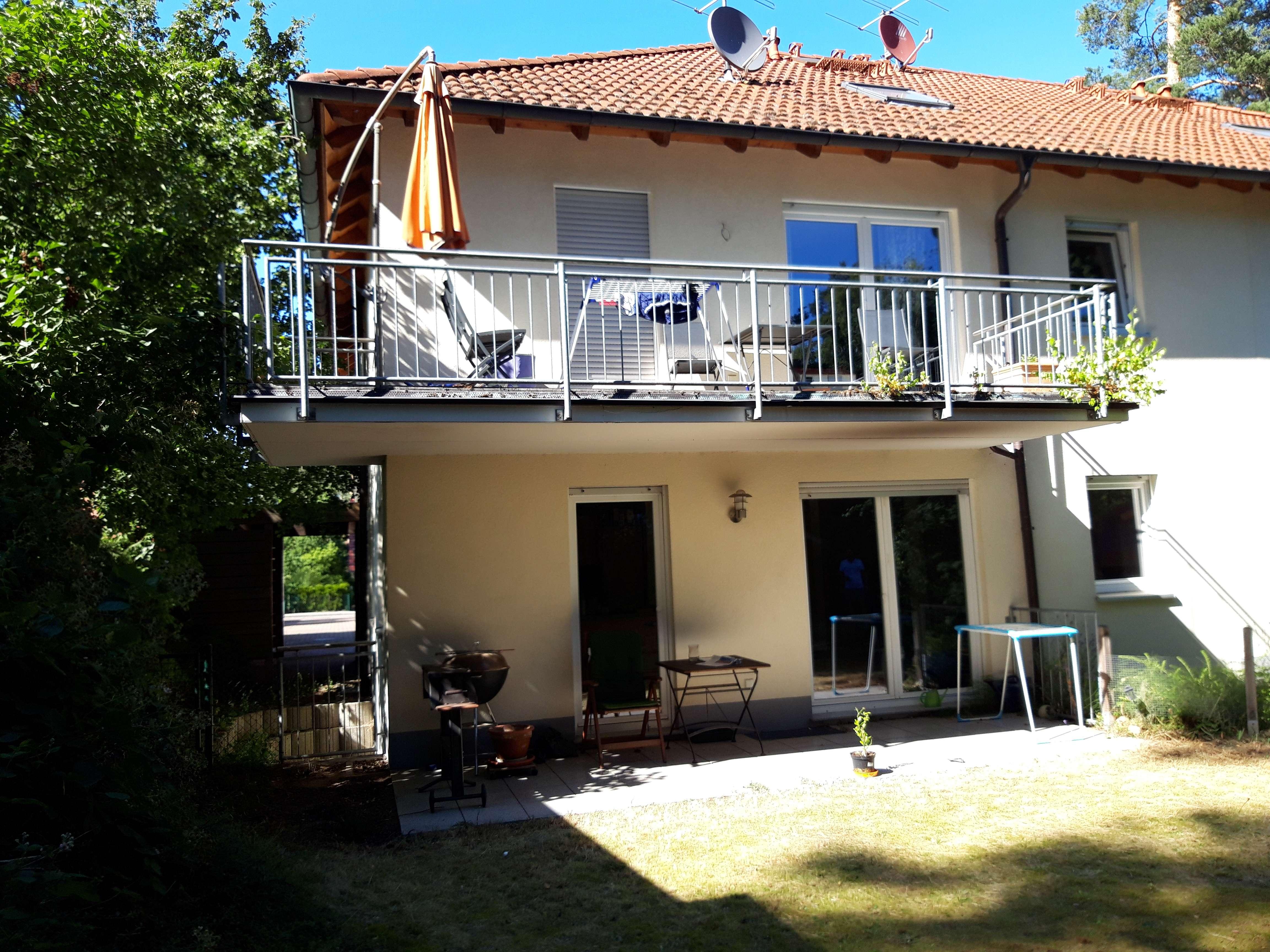 Gepflegte 4-Zimmer-Wohnung mit Balkon und EBK in Erlangen-Dechsendorf in