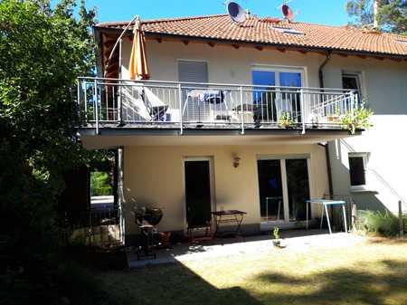 Gepflegte 4-Zimmer-Wohnung mit Balkon und EBK in Erlangen-Dechsendorf in Dechsendorf (Erlangen)