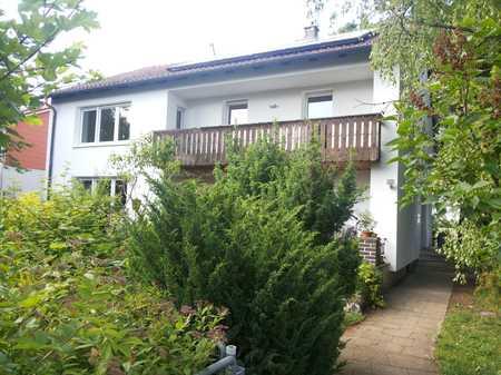 Neufahrn-Mintraching: 4-Zimmer-OG-Wohnung, Balkon, Garten im Zweifamilienhaus PROVISIONSFREI! in Neufahrn bei Freising