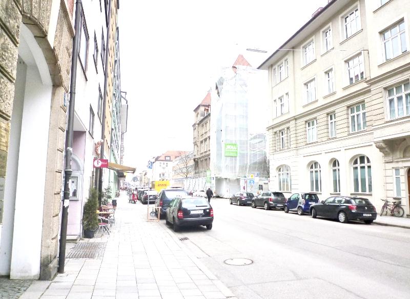 Zentrale 3-Zi.-Wohnung - bei Pinakothek und TMU in Maxvorstadt (München)
