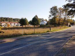 Bahnhofstraße zum Ort