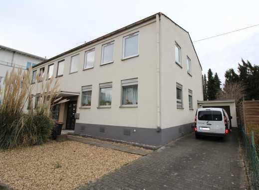 Doppelhaushälfte mit viel Potenzial in zentraler Lage von  Köln-Rondorf