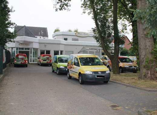 Gute Rendite: Hochwertiger Gewerbestandort nebst 4 - Familienhaus inkl. Schwimmbad