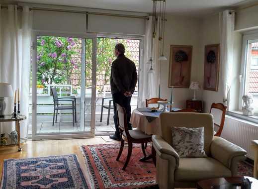 Wohnung in 2-Familienhaus, Einzelperson, 2,5 Zi, Balkon, EBK, in Weiden, Köln