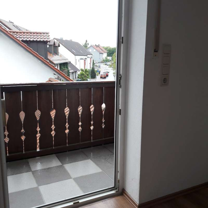 Wunderschöne Dachgeschoßwohnung mit Studio und Balkon! in