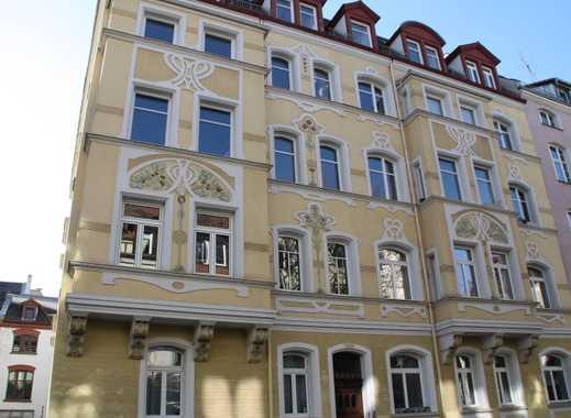 Renov. 2 ,5 Zi. Whg. ca. 79 m² Baudenk m. Dachterr. 4.OG o.Lift, in top bevorzugt. zentr. Lage, Nbg.