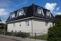 Großzügiges Zweifamilienhaus mit Doppelgarage